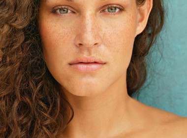 Nikki_Beautyshot005_Carlo